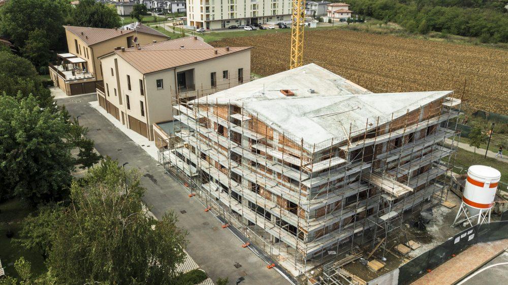 costruzione di fabbricato residenziale per 6 alloggi.